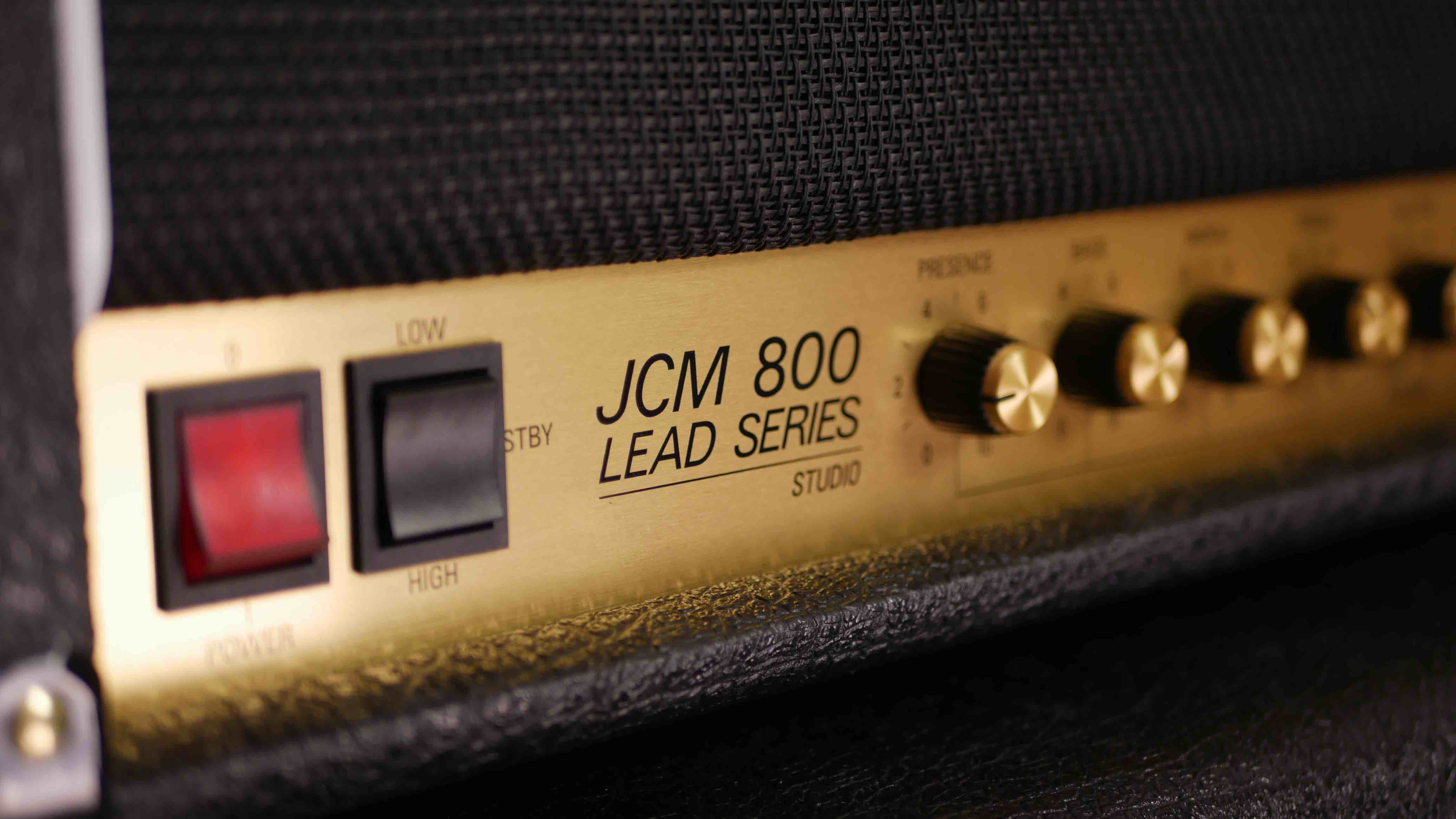 10 Guitar Amplifiers that don't need pedals - Guitar Gear