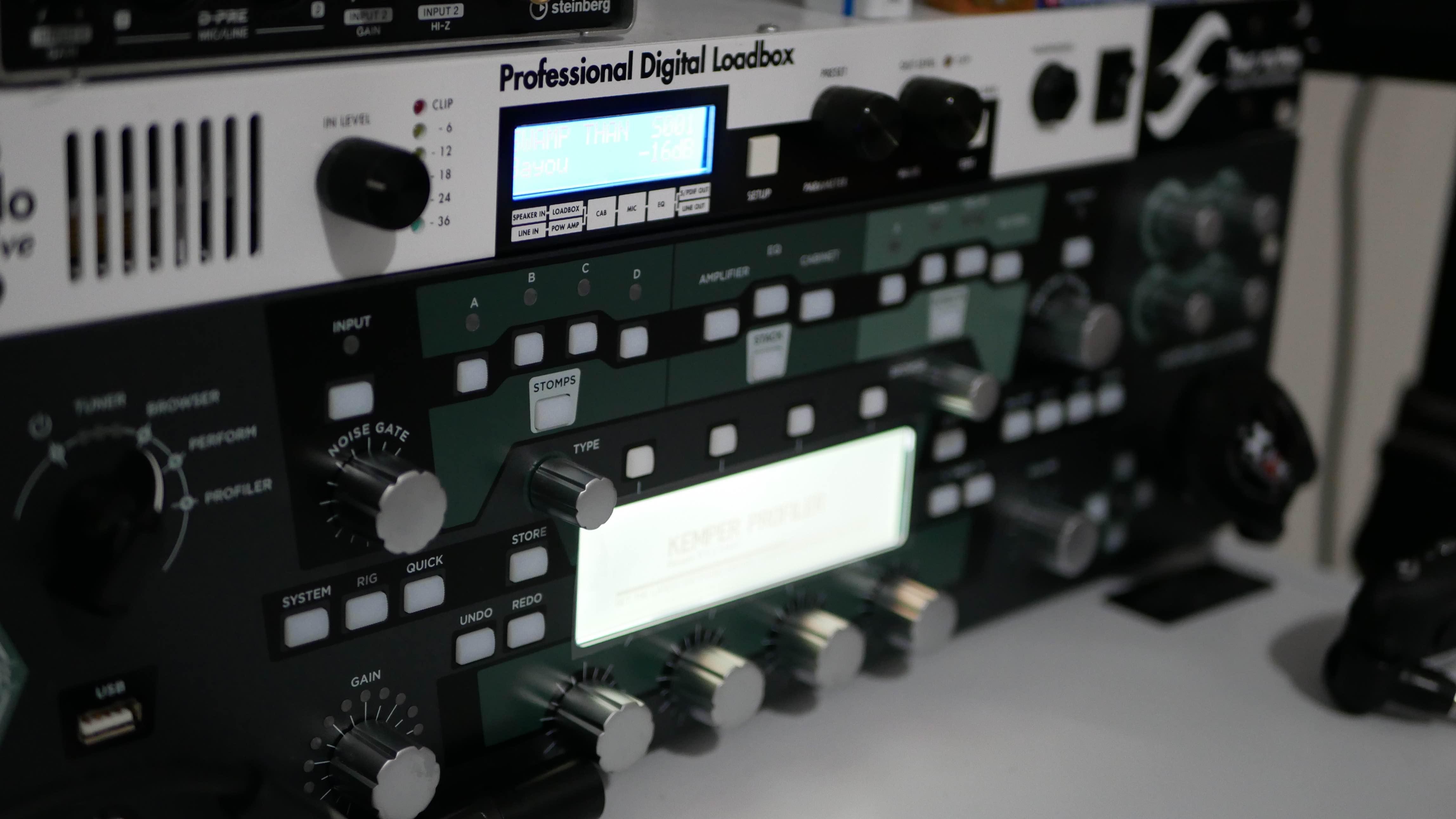 The Kemper Profiling Amp vs Two-Notes Torpedo Live - Guitar Gear
